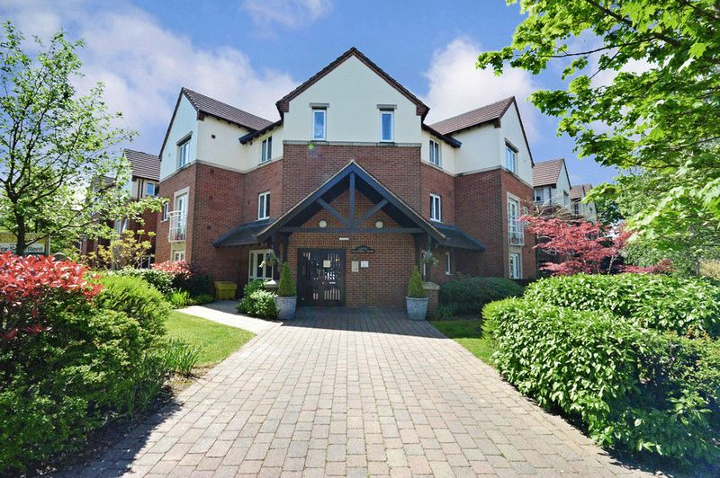 1 Bedroom Property for sale in Rivendell Court, Birmingham, B28 8AT